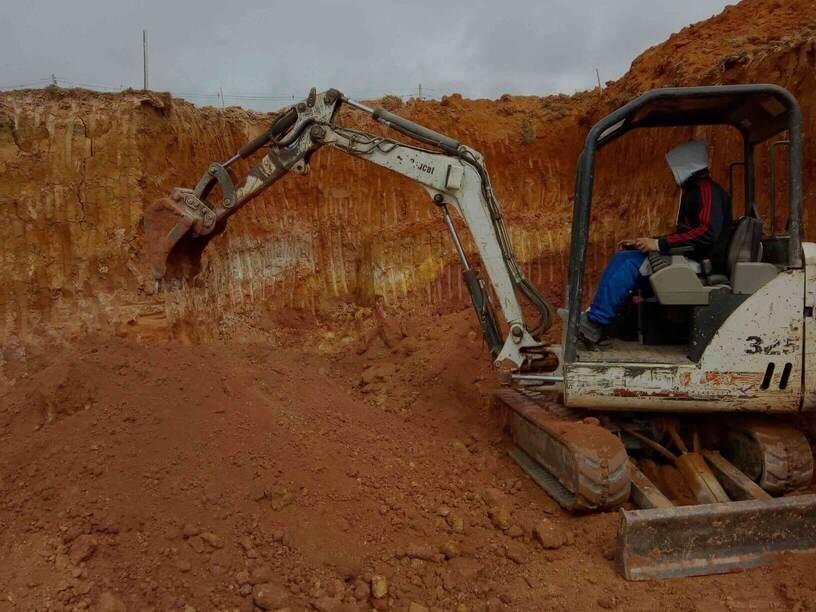 Locação de Escavadeira Barueri